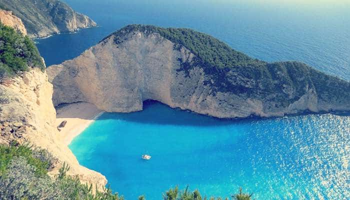 The best time to travel: Greece