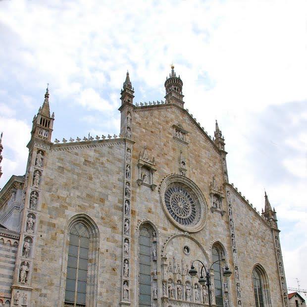 Como Cathedral