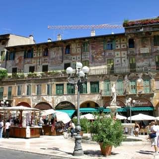 Piazza delle Erbe, italy , verona