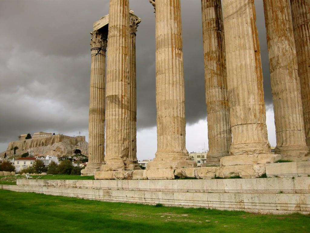 Obrázek Temple of Olympian Zeus. temple ruins athens parthenon zeus acropolis 2013 ab4agora