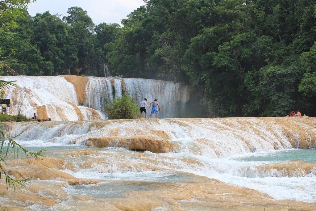 Imagine de Agua Azul waterfalls. aguaazul cataratasdeaguaazul bluewaterfalls chiapas mexico waterfall 2013