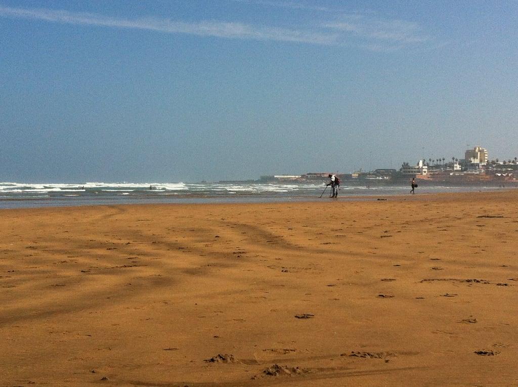 ภาพของ Locaux 23 Beach ชายหาด มีความยาว 2452 เมตร. beach morocco casablanca aindiab