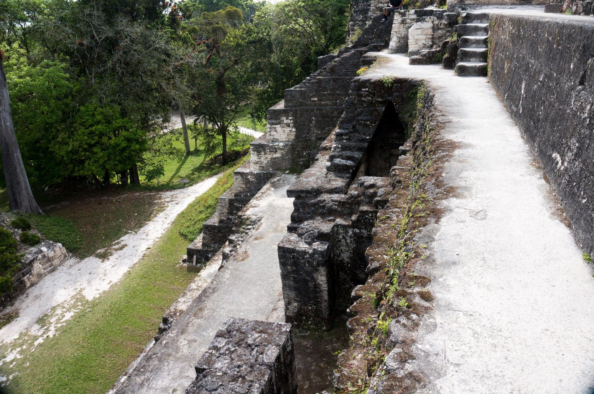 Central Acropolis 의 이미지. guatemala tikal petén