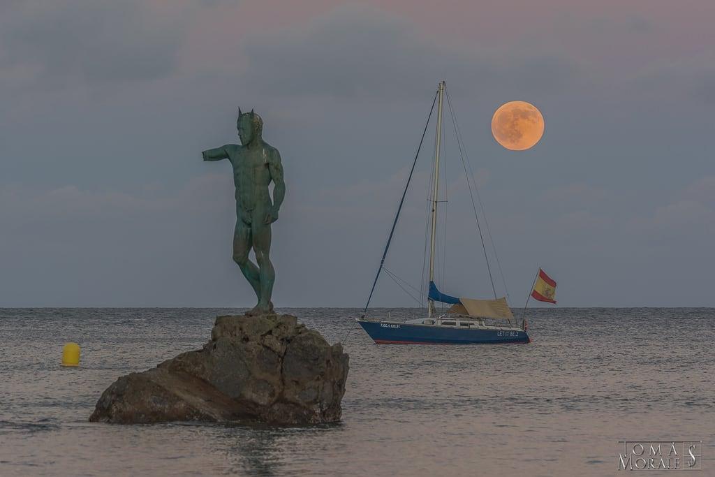 Hình ảnh của Playa de Melenara. sea españa beach grancanaria atardecer playa canarias luna melenara supermoon superluna