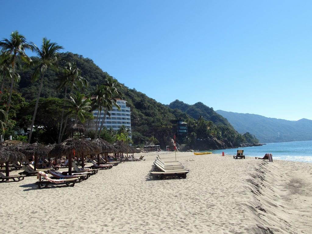 תמונה של Playa Estaca. winter beach mexico resort hyatt puertovallarta 2015