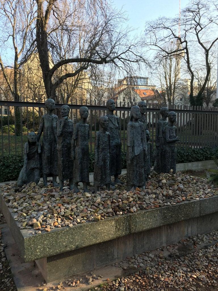 Bild von Jewish cemetery.