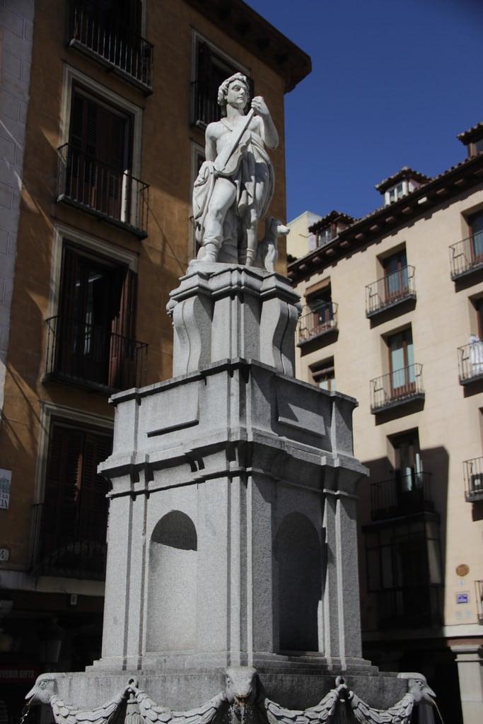 Bild av Fuente de Orfeo. madrid fuentedeorfeo