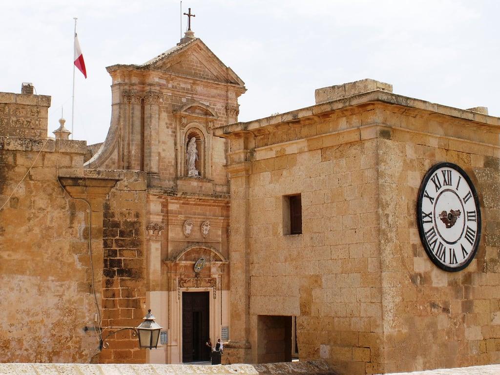 Immagine di Cathedral of the Assumption. clock cathedral time citadel victoria rabat gozo thecitadel cathedraloftheassumption ilkastel