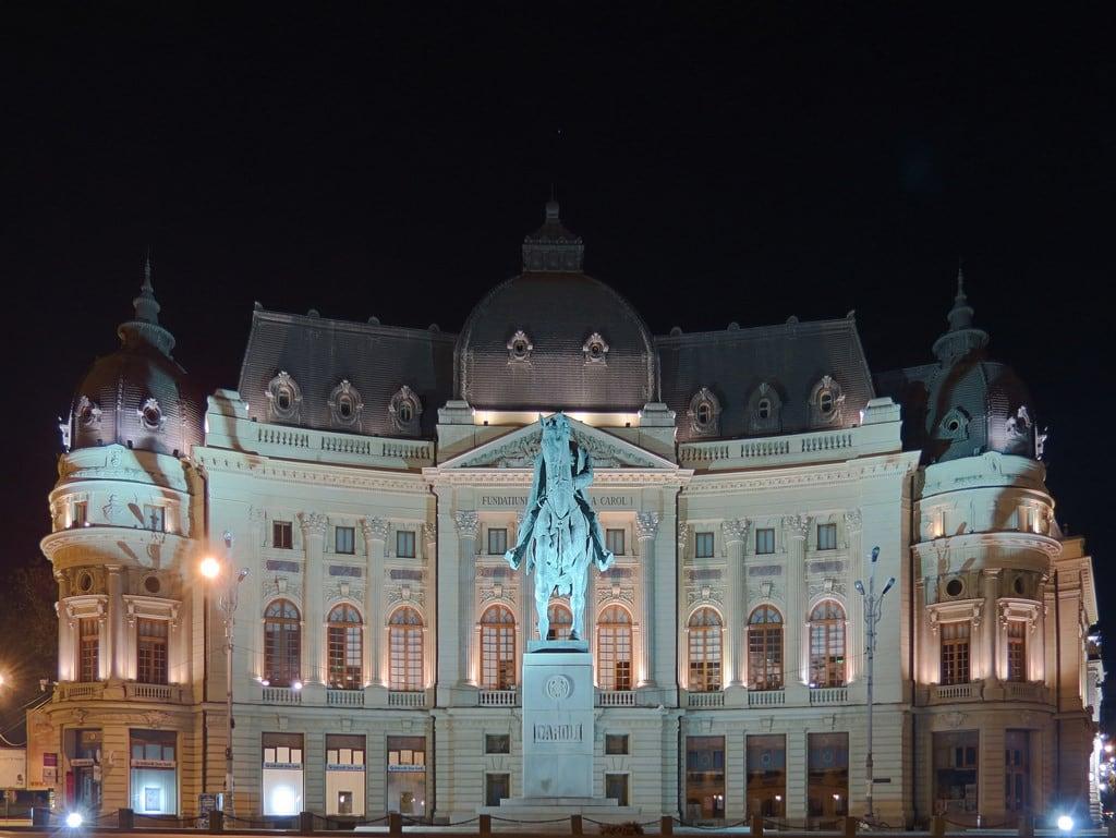 Image of Statuia lui Carol I. buildings architecture statue bucharest bucureşti romania