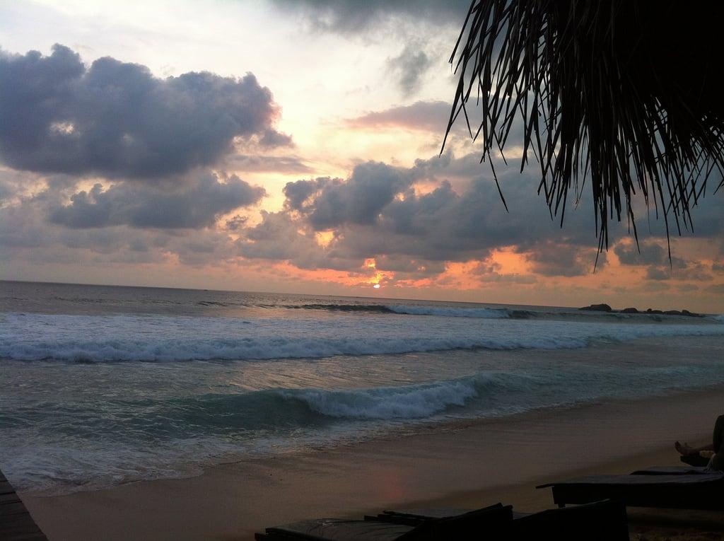 Image of Narigama Beach.