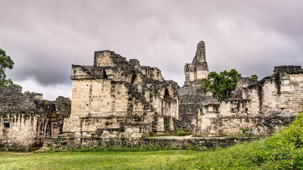 Tikal Tikal 근처 의 이미지. cstevendosremedios tikal petén guatemala gt
