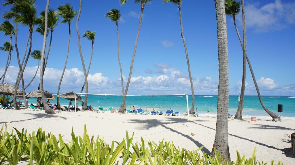 Image de Beach Iberostar Grand Bavaro plage de sable. 2012 27mm bavaro dominicanrepublic e1855mmf3556oss focallength27mm focallengthin35mmformat27mm holiday iso200 nex5 republiquedominicaine sony sonynex5 sonynex5e1855mmf3556oss travel vacances voyage
