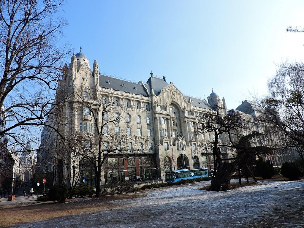 Kuva Gresham Palace. budapest ブダペスト βουδαπέστη building façade facade