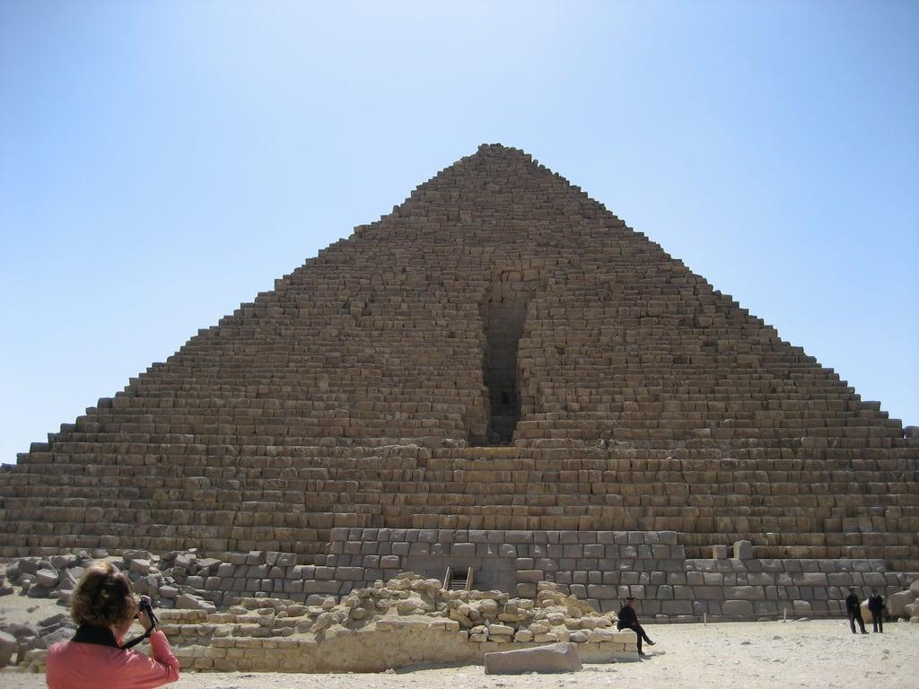 Bild von Mykerinos-Pyramide. pyramid egypt 2009 giza menkaure