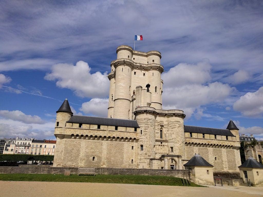 Château de Vincennes 的形象. france iledefrance îledefrance valdemarne vincennes châteaudevincennes chateaudevincennes geotagged