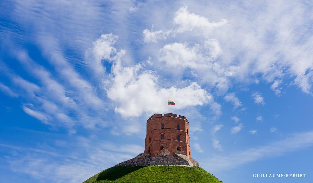 Image of Vilnius Upper Castle. castle château lithuania lituanie medieval schloss uppercastle vilnius