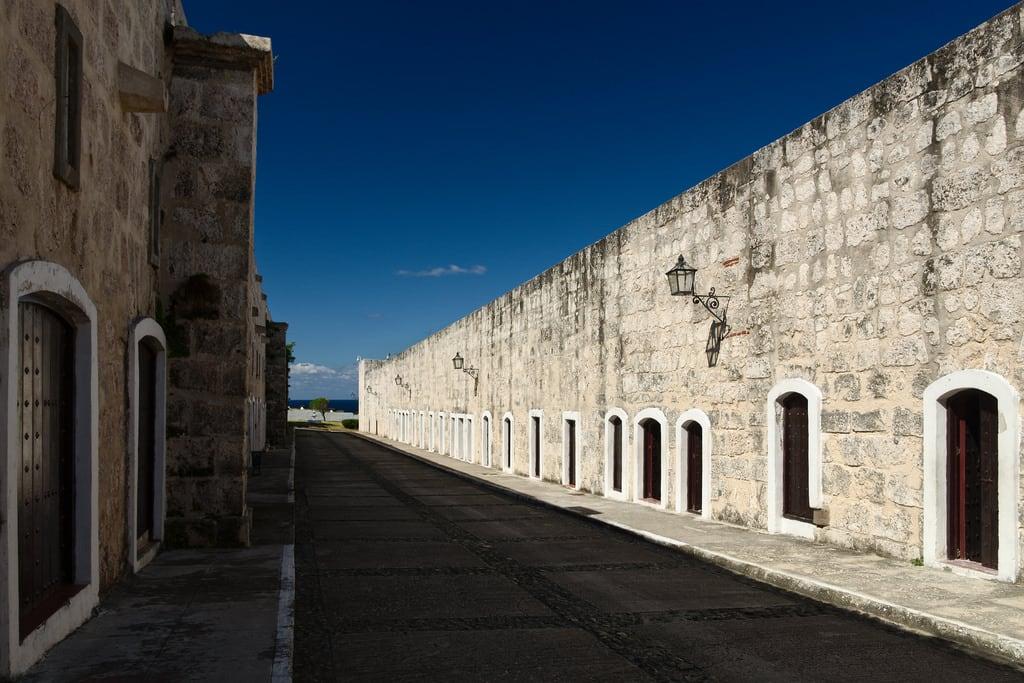 Image of Fortaleza de San Carlos de La Cabaña. lahabana cuba fortalezadesancarlosdelacabaña havana lacabaña ro016b ccby40