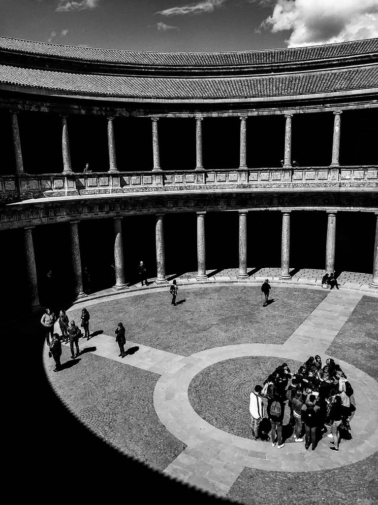 Image de Palace of Charles V. europe spain