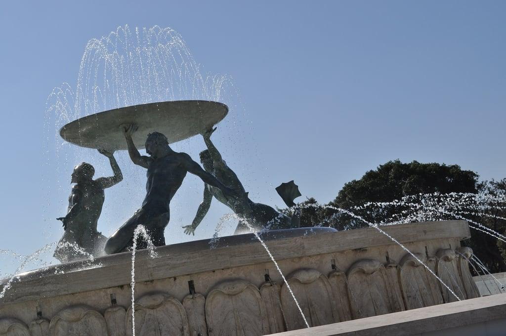 Immagine di Triton Fountain. malta valletta tritonfountain fountain
