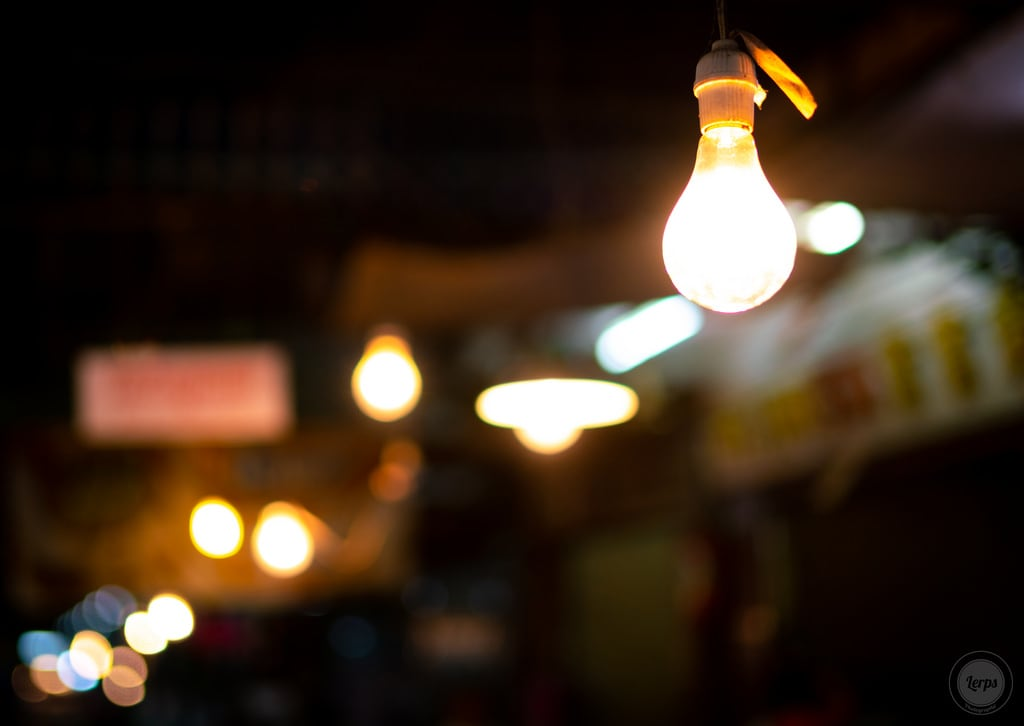 Image of Night Market. bkk bangkok city daniellerps lerps sony sonyalpha sonyalpha99ii tha thai thailand urban lerpsphotography metropolitan light bulb lightbulb bokeh night darkness highiso flowermarket asia