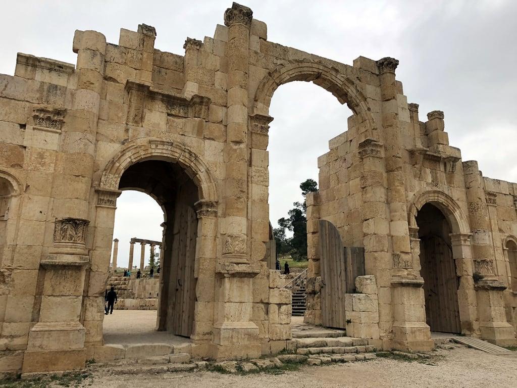 Kuva Jerash. jordan jerash southgate roman