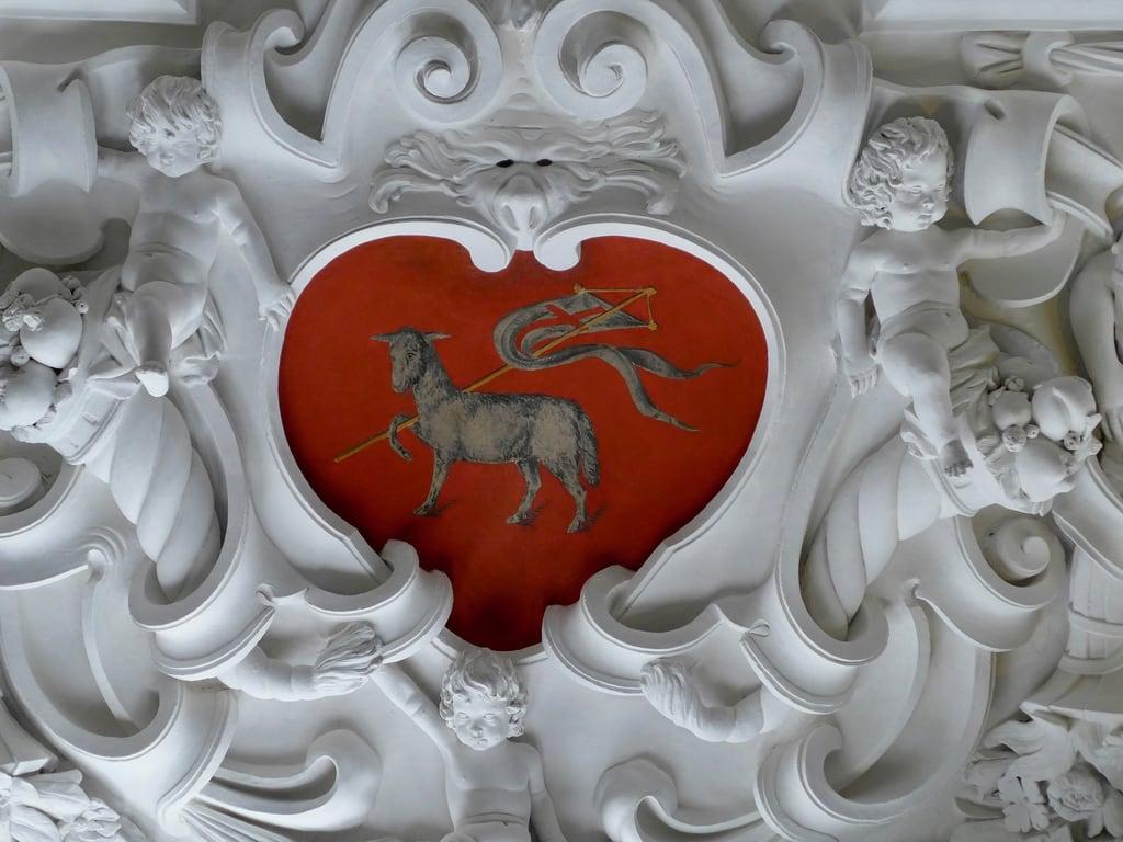 Image of Rosenborg Castle. copenhagen rosenborg rosenborgcastle castle ceiling plaster heart lamb symbols red white putti putto symbol lambofgod agnusdeī agnusdei