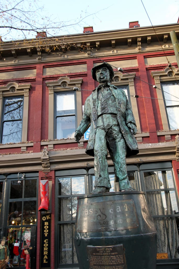 Immagine di Gassy Jack Statue. canada vancouver jack town downtown bc down columbia british gastown gass gassy konomark