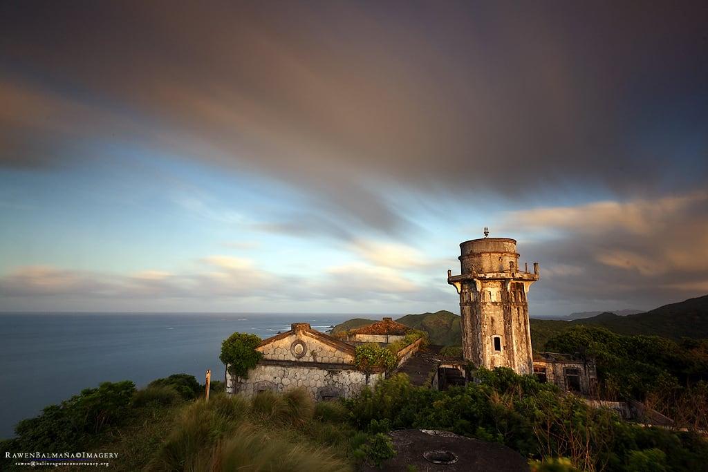Bild av Cape Engaño Lighthouse. sunset lighthouse ruins palaui santaanacagayan capeengaño palauiisland rawenbalmaña