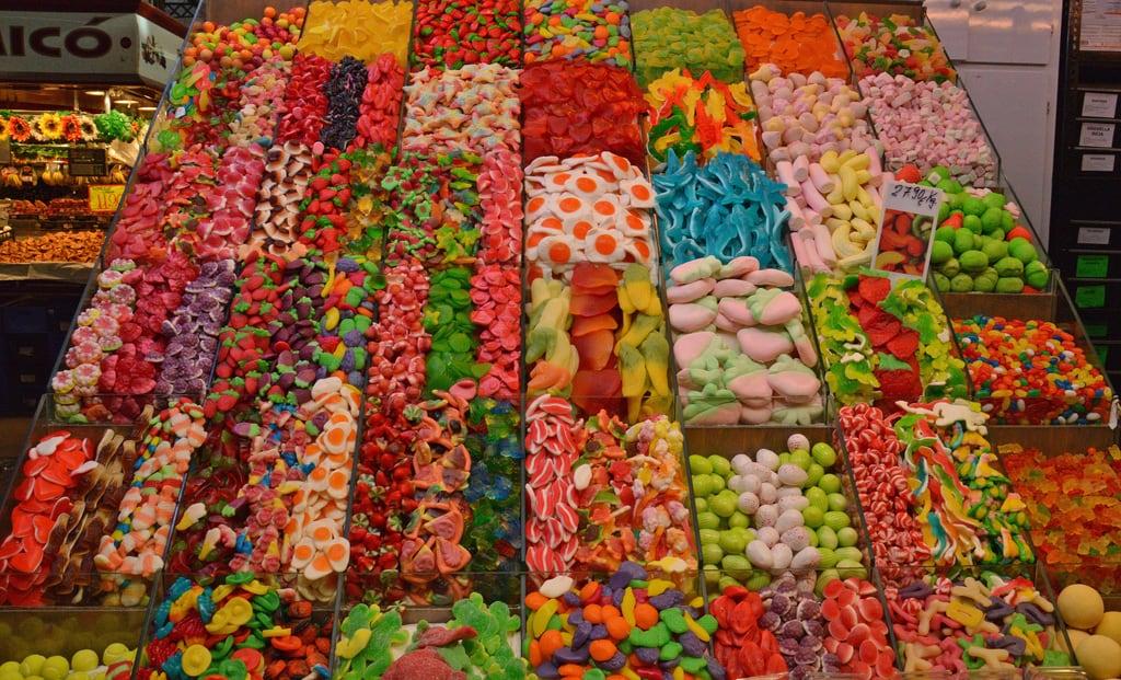 Εικόνα από Mercat de Sant Josep - La Boqueria. barcelona spain candy market espana mercato boqueria barcellona spagna dolci laboqueria rambla mercat liceu caramelle mercatdesantjosep