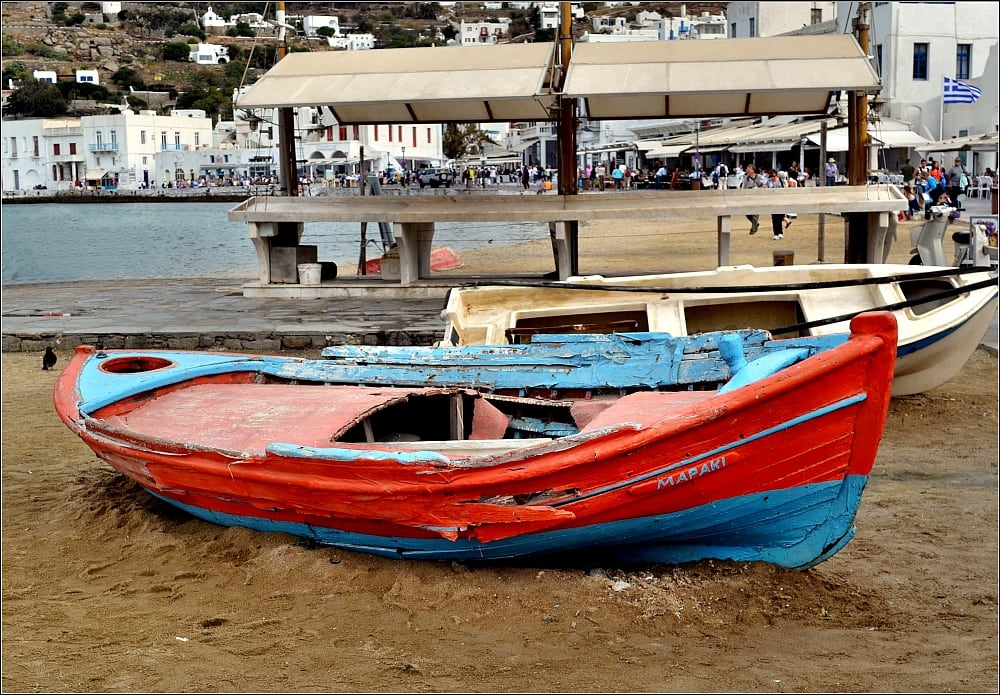 תמונה של Megali Ammos Beach (Μεγάλη Άμμος) Megali Ammos. beach boat greece mykonos afsdxnikkor1855mmf3556gvr iamnikon d3100 nikond3100
