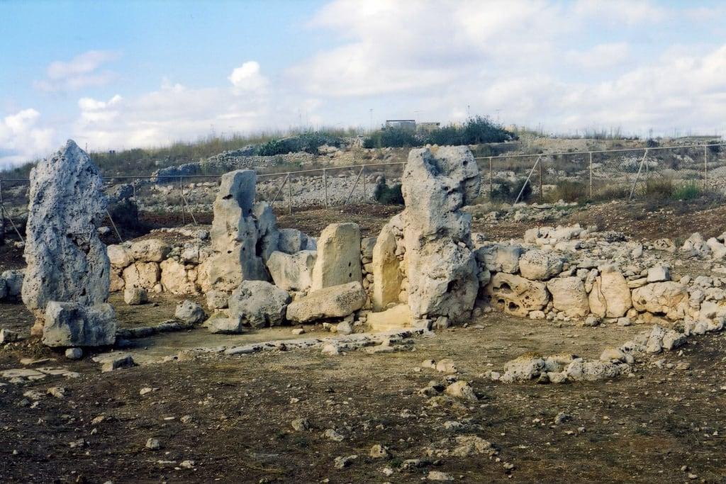 Immagine di Skorba Temples. temple malta monolith monolithic prehistorictemple