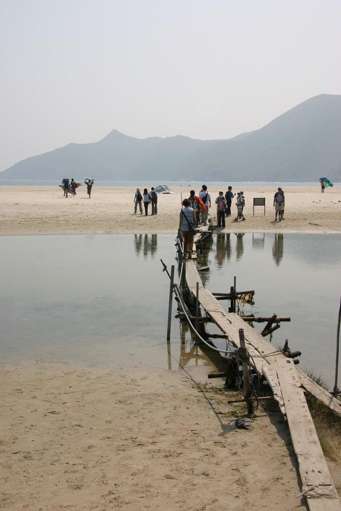 תמונה של Long Ke חוף חולי. sea favorite nature hongkong hiking places aruba abw