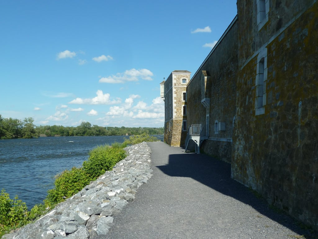 Image of Fort Chambly.