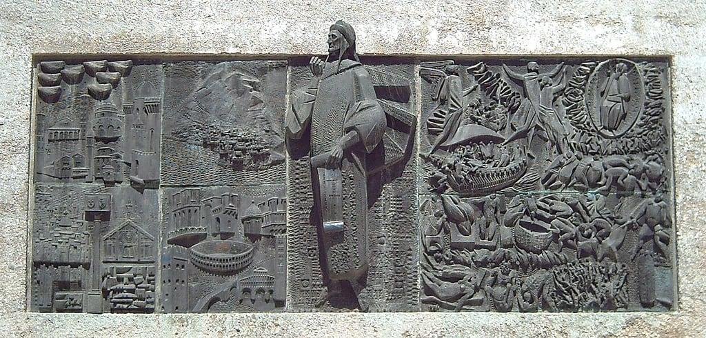 Imagem de Monumento a Dante. madrid españa bronze spain mural europa europe dante esculturas monumentos monuments sculptures bronce reliefs dantealighieri retiropark monumentsinmadrid sculpturesinmadrid jardinesdelbuenretiro angelobiancini