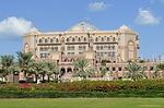 Zdjęcie:   Emiraty Arabskie  Abu Dhabi  (hotel emirates palace usytuowany, abu dhabi, luksusowy)